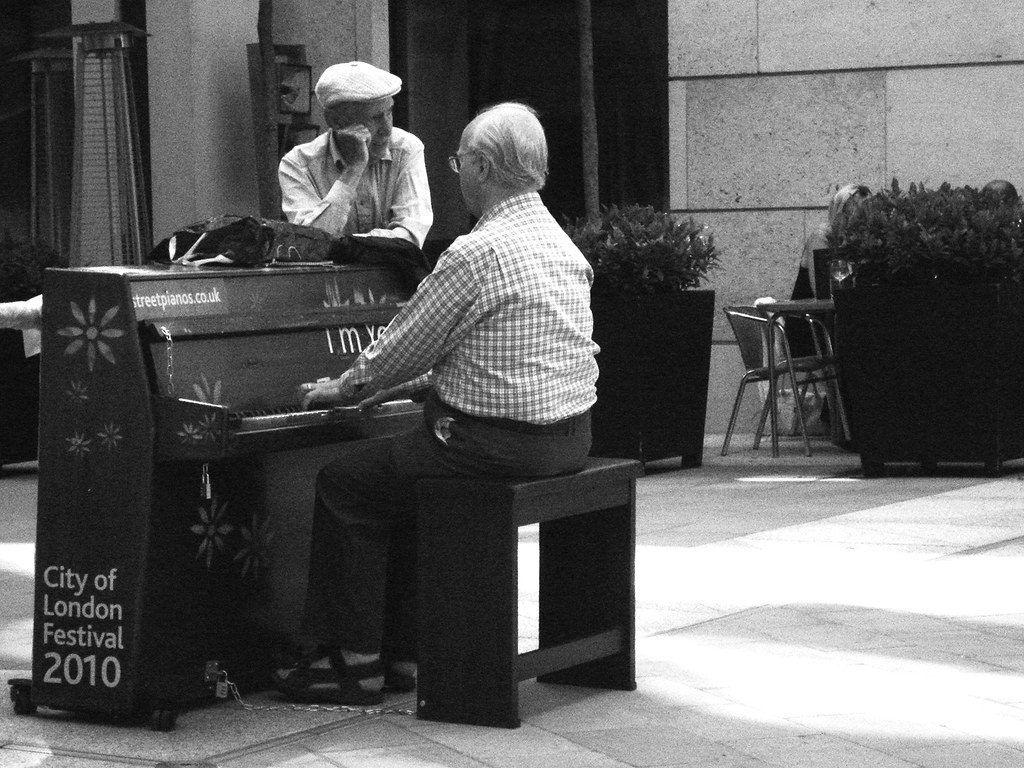 Lời khuyên cho người lớn tuổi học piano ảnh 5
