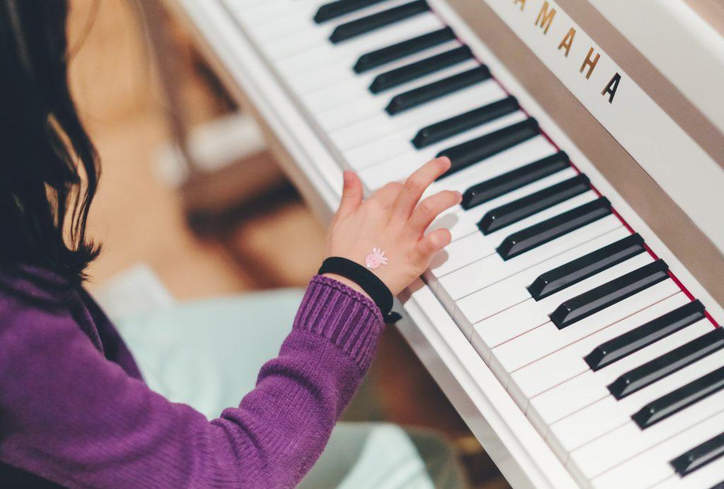 Những bản piano dễ tập cho bé yêu ảnh 1