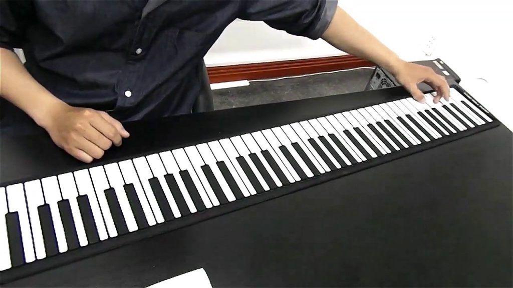 Piano cuộn bạn đồng hành của những chuyến đi xa 3