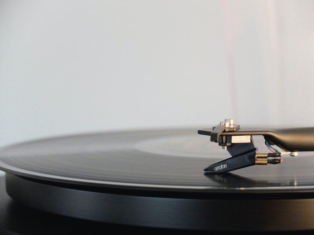 5 loại nhạc tăng khả năng tập trung khi học tập và làm việc ảnh 2
