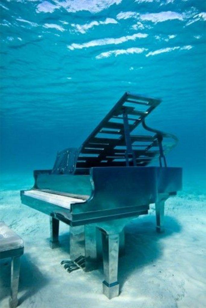 Khám phá những nơi kỳ lạ nhất mà đàn piano từng xuất hiện ảnh 8