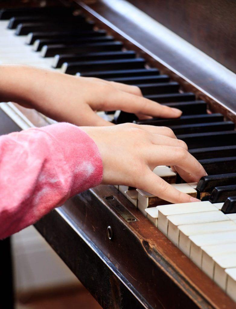 Bảo quản đàn piano cơ đúng cách tại nhà ảnh 1