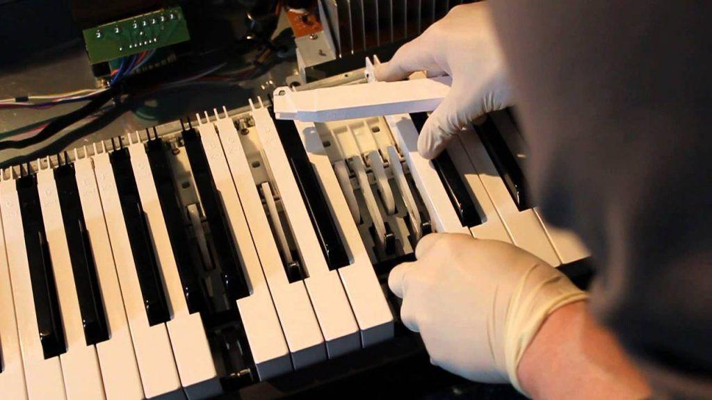Bảo quản đàn piano điện đúng cách tại nhà ảnh 1