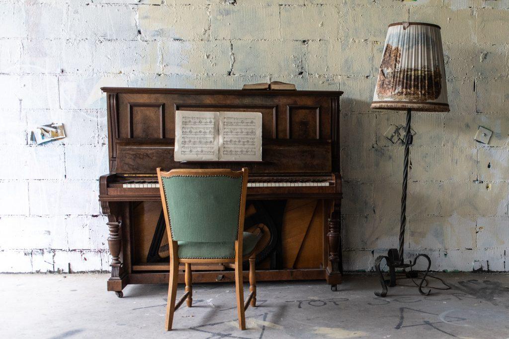 Làm sao để tránh nhàm chán khi tập luyện piano? ảnh 1