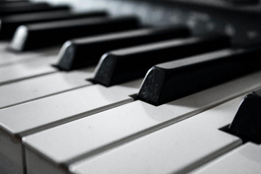 Tự học piano với những kiến thức cơ bản ảnh 1