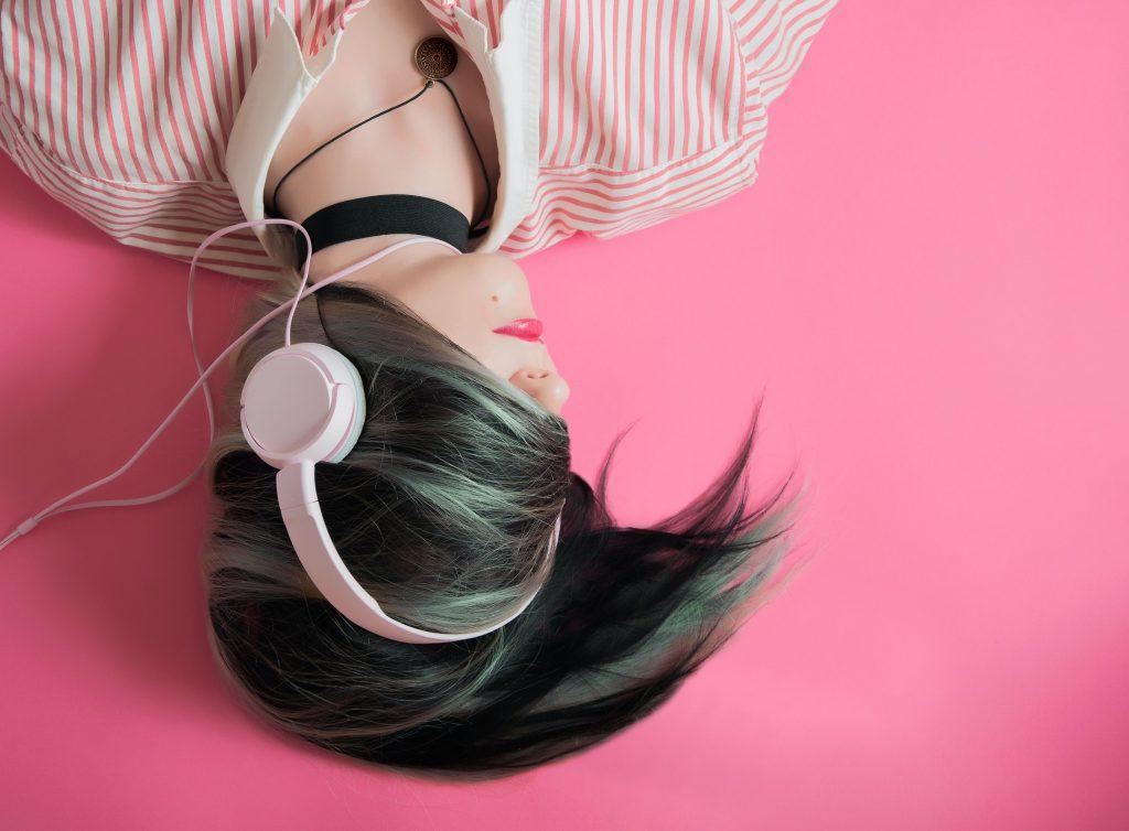Nghe nhạc nhiều có tác dụng gì khi học nhạc cụ? ảnh 3