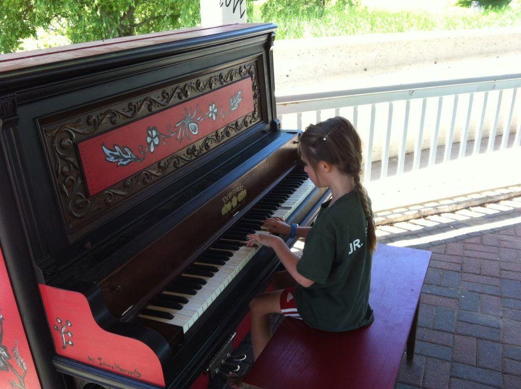 Những yếu tố ảnh hưởng đến độ bền của đàn piano cơ ảnh 1