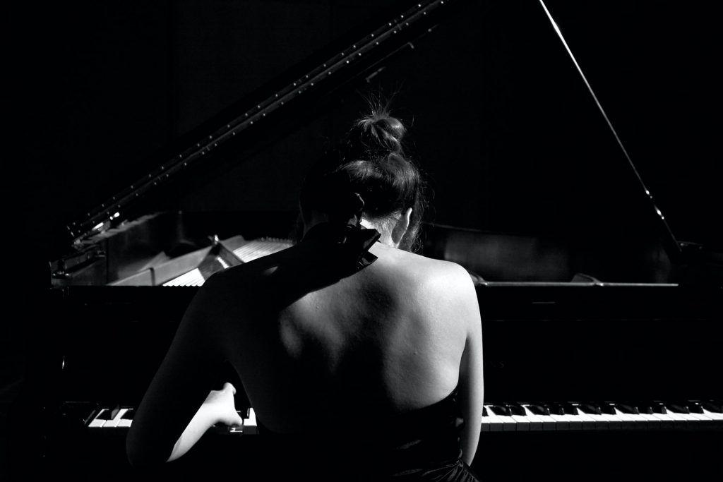 10 kỹ thuật giúp bạn chơi đàn piano hay hơn ảnh 3