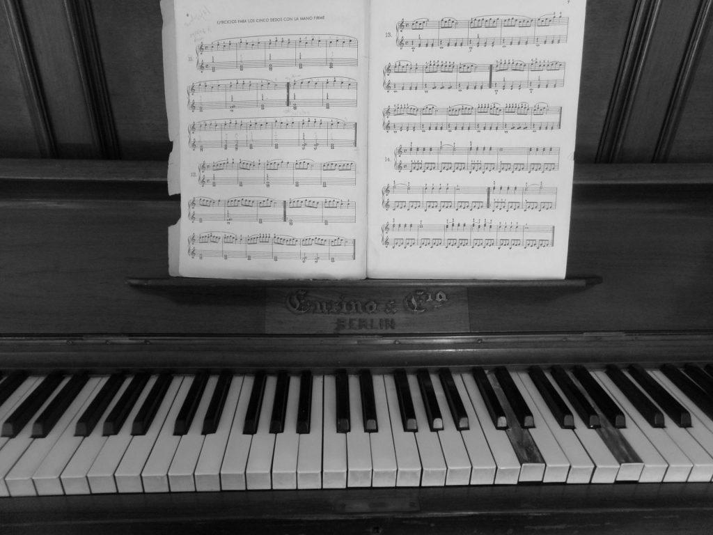 10 mẹo để học thuộc lòng bản nhạc nhanh nhất ảnh 3