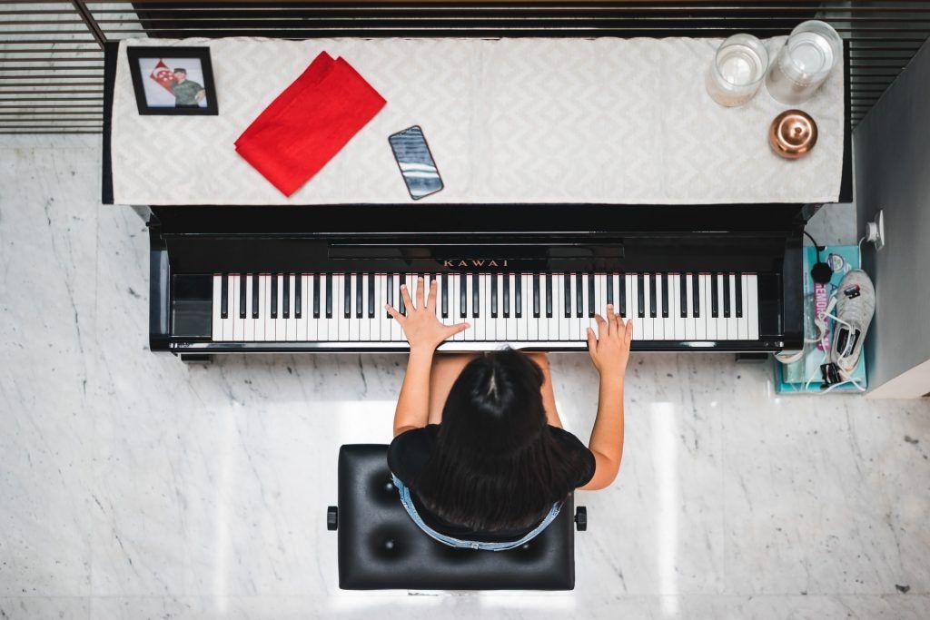 4 giai đoạn học chơi piano hiện đại ảnh 3