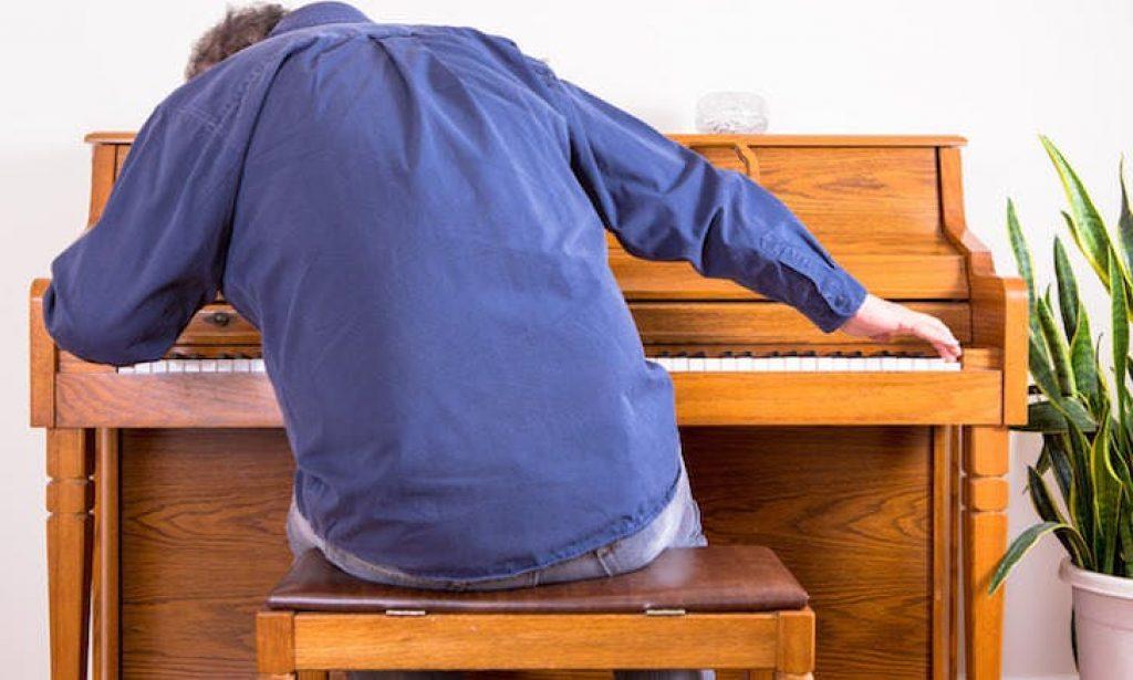 Cách khắc phục những lỗi thường gặp khi học đàn piano ảnh 3