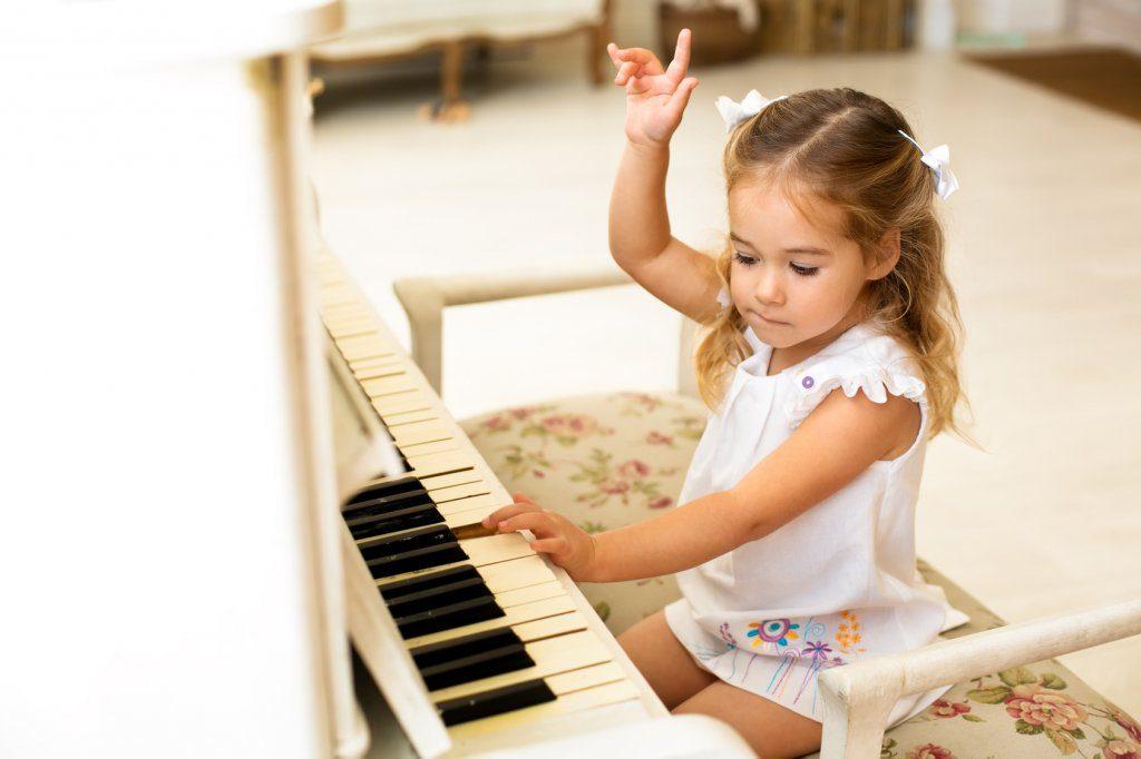 Cách khắc phục những lỗi thường gặp khi học đàn piano ảnh 4