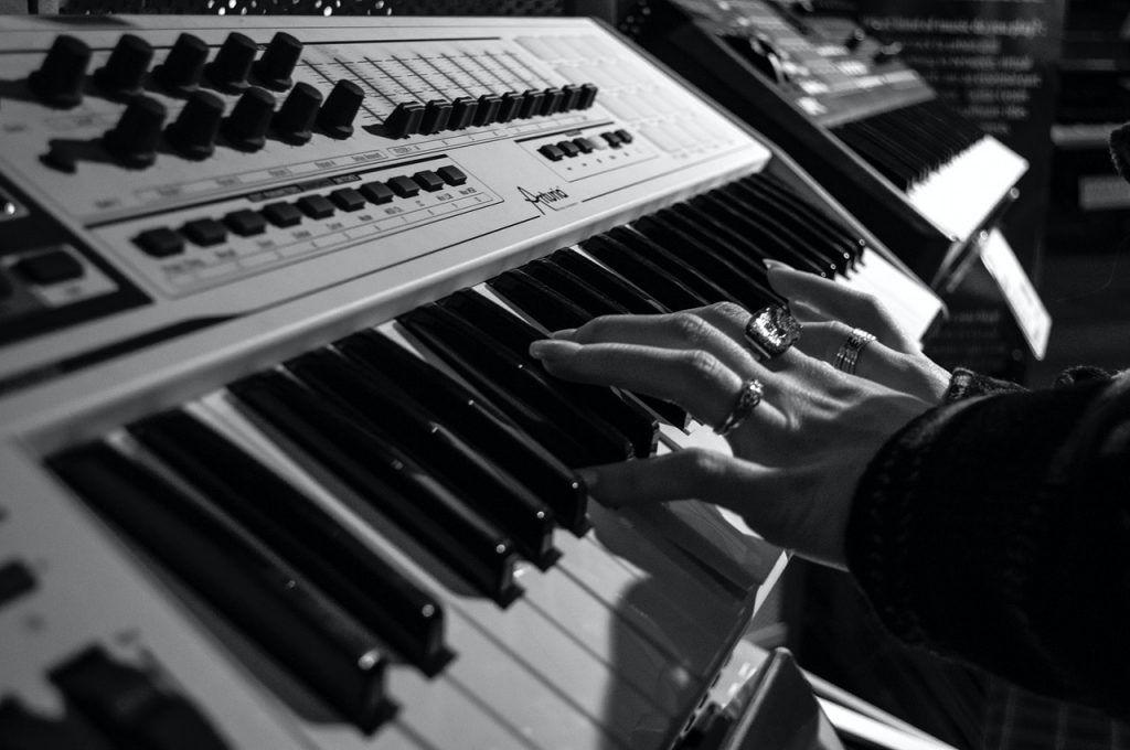 Hướng dẫn đệm piano cho nhạc nhẹ ảnh 2