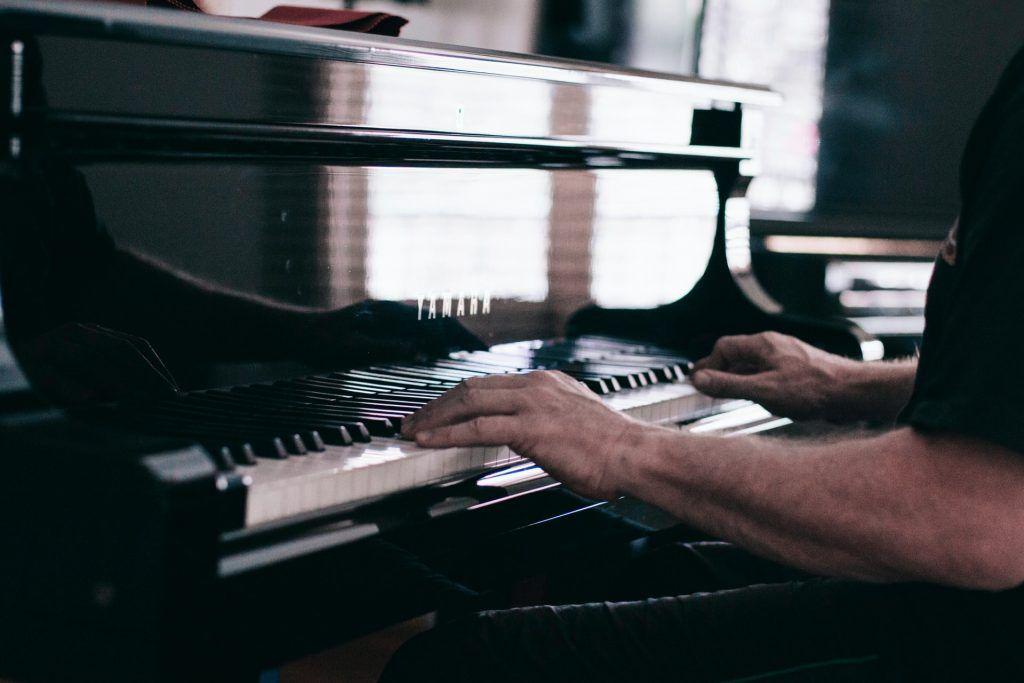 Những vấn đề cần lưu ý khi chạy hợp âm piano ảnh 1