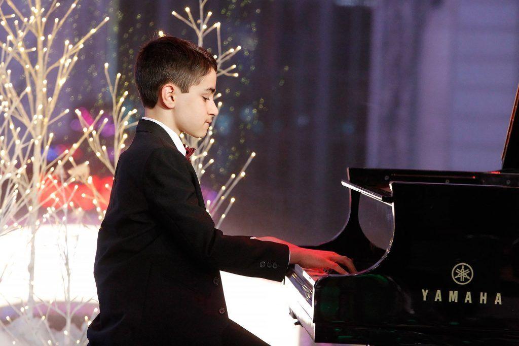 Phụ huynh nên cho con học organ hay piano ảnh 5